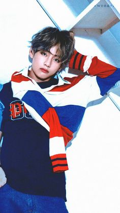In my opinion, Taehyung looks good in red, blue and white. Especially when they& In my opinion, Taehyung looks good in red, blue and white. Especially when they& combined together.