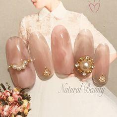 オールシーズン/ブライダル/パーティー/デート/ハンド - naturalbeautyのネイルデザイン[No.3184154]|ネイルブック Classy Nails, Swag Nails, Nail Designs, Pearl Earrings, Pearls, Diamond, Jewelry, Chips, Hair