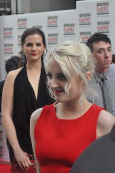 Evanna Lynch took Brian Rosenthal and Devin Lytle as her dates to the 2012 Empire Awards. <3