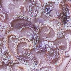 Платье с вышивкой.. Все эти техники я даю на мк для начинающих и продолжающих и далее уже материалы+чувство цвета и проба сочетаний.…