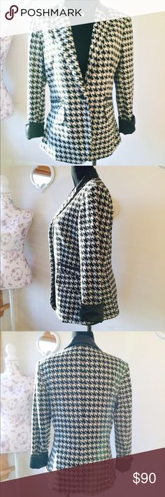 NY&Co Houndstooth blazer NY&Co Houndstooth blazer, excellent condition! Never worn, but no tags. New York & Company Jackets & Coats Blazers