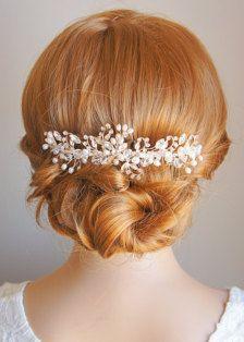 Bridal Hair Accessories: Bobby Pins, Flowers, Headbands