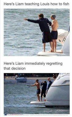 TRADUCTION: Voici Liam enseignant la pêche a Louis. Voici Liam regrettant immédiatement cette décision.