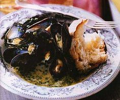 Mussels with Parsley and Garlic / Alan Richardson