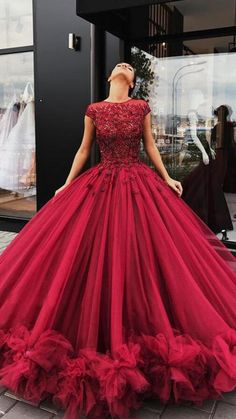 Ball Gowns Evening, Ball Gowns Prom, Ball Dresses, Evening Dresses, Red Ball Gowns, Masquerade Ball Gowns, Prom Dresses With Pockets, Plus Size Prom Dresses, Homecoming Dresses