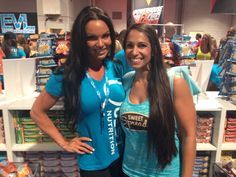 Mrs. Amber Fokken! Love her! #coconutter #vegas #mrolympia #mrolympia2014 #olympia #50tholympia #athlete #bodybuildingcom #bodybuilding #coconutbutter #sweetspreads #sweetspreadscoconutter