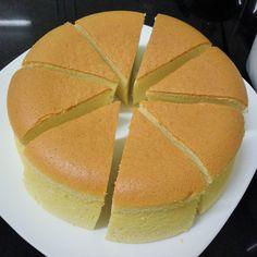 Cheese Sponge Cake Ingredients: 6 egg yolks butter sugar milk cream cheese Cake flour Corn flour 6 egg whites sugar tsp cream of tartar Utensil: round, bottom l. Cotton Cheesecake, Cheesecake Cake, Jiggly Cheesecake, Nougat Cake, Japanese Cheesecake Recipes, French Cake, Sponge Cake Recipes, Best Chocolate Cake, Pastry Cake