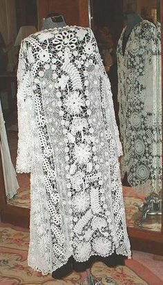Irish Crochet Lace Jacket. Art nouveau. This jacket came from Rhode Island. In perfect condition. c1910. Full length.