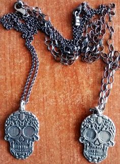 Handmade-Mexican-Sugar-Skull-Pendent-Necklace-Ancient-925-Sterling-Silver-Plated