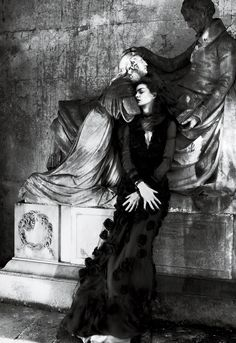 Darkly Romantic – Mert & Marcus transforms actress Anne Hathaway into a gothic heroine