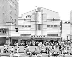 Crowd at Pidgeon Park waiting outside theatre photographed by K E Niven & Co of Wellington Description from negative envelope and studio . Nz History, Wellington City, New Zealand Landscape, Studio Cards, Theatres, Movie Theater, What Is Like, Old Photos, Past