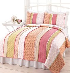 Google Image Result for http://www.bellahomefashions.com/images/detailed/alison_chic_pink_peach_green_rag_quilt_set.jpg