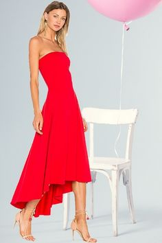 Every girl needs a little red dress. Sophisticated and modern Susana Monaco dresses the woman inside all of us. BENA DRESS SUSANA MONACO - Red Dresses - Ideas of Red Dresses Quinceanera Dresses, Prom Dresses, Wedding Dresses, Wedding Shoes, Gorgeous Wedding Dress, Beautiful Dresses, Frocks And Gowns, Little Red Dress, Shower Dresses