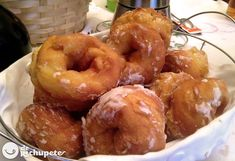 Galician Carnival donuts - Delicious recipes - Homemade and easy cooking recipes - Recetas Donut Recipes, Mexican Food Recipes, Bread Recipes, Easy Cooking, Cooking Recipes, A Food, Food And Drink, Individual Cakes, Sweets Cake