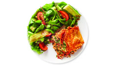 A speedy, protein-packed lasagna that's on your table in just 20 minutes. Simply layer, cook, and enjoy.Perfectly balance your plate: Serve with a Leafy Green Salad. Vegetarian Brunch Recipes, Vegetarian Lunch, Vegetarian Recipes Dinner, Meatless Recipes, Meat Lasagna, Veggie Lasagna, Lasagna Noodles, Epicure Recipes, Cooking Recipes