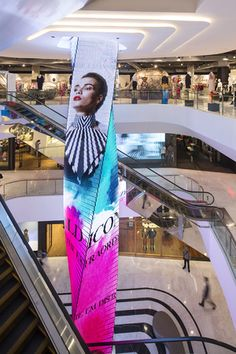 Architecture and interior design for a shopping mall in Bangkok, Thailand Atrium Design, Column Design, Mall Design, Retail Design, Office Interior Design, Interior Paint, Interior Shop, Shoping Mall, Led