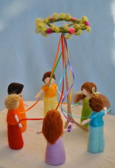 Spring Celebration Waldorf inspired needle felted dolls : The Maypole on Etsy Waldorf Crafts, Waldorf Toys, Steiner Waldorf, Spring Nature Table, Clothespin Dolls, Needle Felted, Little Doll, Felt Toys, Spring Crafts
