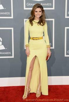 Maria Menounos - Grammys 2013 Red Carpet Maria is wearing a yellow Gomez-Gracia gown. Maria Menounos, Yellow Fashion, Red Carpet Fashion, Nice Dresses, Prom Dresses, Formal Dresses, Dress Prom, Long Dresses, Grammys 2013