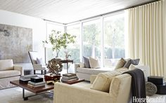 Midcentury Meets This Century in a Modern Houston Home.  Love the wooden ceiling
