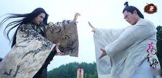 Sha Qian Mo vs. Bai Zi Hua. This scene is when Sha Qian Mo comes to Chang Liu with his demon army and demands Hua Qian Gu to be released.