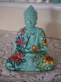 an+amazing+piece+of+handmade+beauty+by+the+artists+on+the+island+of+baliH+=+16cmresin Buddha, Hand Painted, Artists, Statue, Island, Amazing, Green, Handmade, Beauty