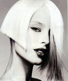 Hair stylist Kris Sorbie // speels en gewaagd dat het haar niet gelijk loopt //