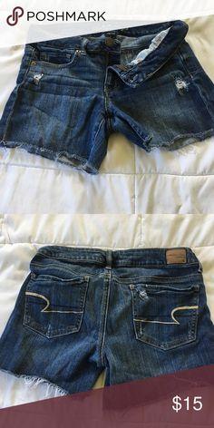 American Eagle Midi shorts Medium destroy wash American Eagle Outfitters Shorts