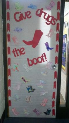 Give Drugs the Boot- bulletin board for Red Ribbon Week | TeacherTime123