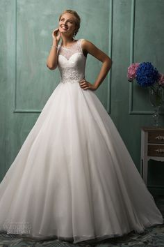 >> Click to Buy << 2017 New White or Ivory Sexy Sweetheart Neck Organza Lace Wedding Dress Bridal Gown Back With button Custom Made Free Shipping #Affiliate