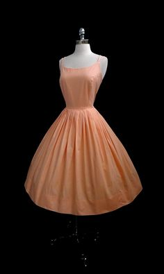 Vintage 1950s Peach Cotton Bombshell Full by CalendarGirlVintage