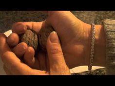 Crack nuts with bare hands (1:34) ➤ http://www.youtube.com/watch/?v=BgTiNZdeo7A - via lifehacher - 2012 04 14