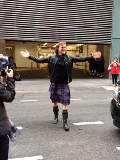 (1) Twitter Sam on @nyctartanweek Parade day.