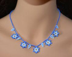 Elegant collier raz de cou franges de perles de par CreationsLuz