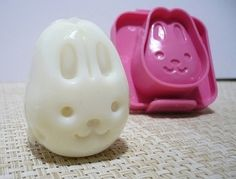 How much would your little bunny love a bunny shaped boiled egg!