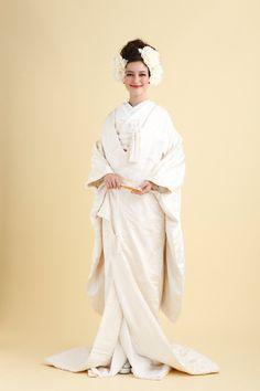 伝統の白無垢もラレンヌスタイルで|ラ レンヌ(La Reine)|白無垢のウエディングドレスの写真・フォトギャラリー|ザ・ウエディング