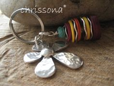 Schlüsselanhänger Blume Kokos  von chrissona auf DaWanda.com
