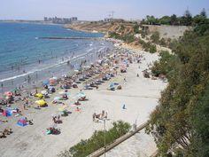 Playa Cabo Roig en verano