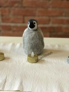 Cute Baby Penguin, Felt Penguin, Penguin Craft, Baby Penguins, Needle Felted Animals, Felt Animals, Needle Felting, Pumpkin Hat, Unusual Animals