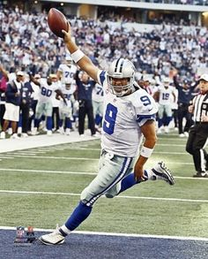 "2012 TONY ROMO Touchdown ""Dallas Cowboys"" LICENSED un-signed poster 8x10 photo"