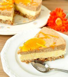 Jurnal de raw, ziua Tort de portocale si banane/ Orange and banana raw cake Raw Vegan Desserts, Raw Cake, Vegan Cheesecake, Tasty, Yummy Food, Health And Nutrition, Healthy Eating, Healthy Food, Deserts