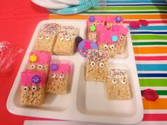 These were super easy and the kids loved them. I forgot to take a picture before I set them out so they were half eaten at this point. I just took some rice krispies( I was gonna make them, but they had the boxes on sale so I cheated) and dipped them in some chocolate melts added the eyes and a flower candy for Poppy and some sprinkles for the others....done.