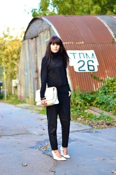 outfit turtleneck sports luxe