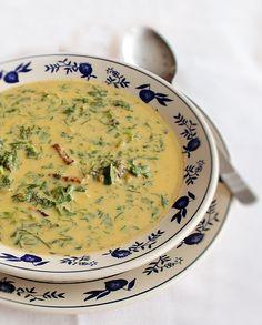 ciorba de salata verde, reteta ciorba de salata verde 2 Romanian Food, My Cookbook, Cheeseburger Chowder, Soup Recipes, Food Porn, Tableware, Kitchen, Food Ideas, Nice