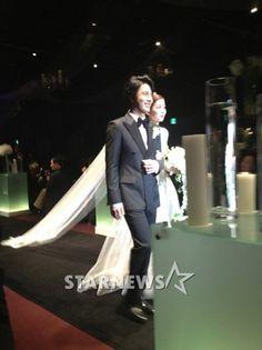[단독]한재석·박솔미, 결혼본식사진 단독공개..행복자체 | Daum 연예