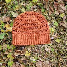 made with Patons Canadiana yarn Knit Crochet, Crochet Hats, Beanie, Night, Pattern, Fashion, Knitting Hats, Moda, Fashion Styles