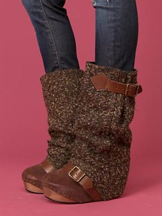 I NEED these. Saw them last year on the free people website and totally forgot about them. obsessed again.