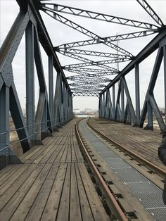Fotolocation // Hamburger Hafen // Travehafen // Köhlbrandbrücke