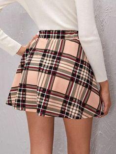 Skirt Fashion, Fashion Outfits, Womens Fashion, Best Sellers, Amazing Women, High Waisted Skirt, Mini Skirts, Plaid, Tartan Skirts