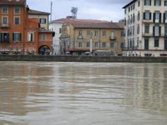 Pisa  la piena dell'Arno 31 gennaio 2014