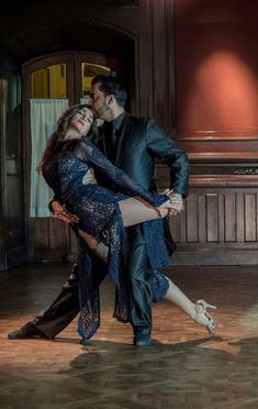 The passion of tango! Love this pose and her expression! #dance #tango #passion